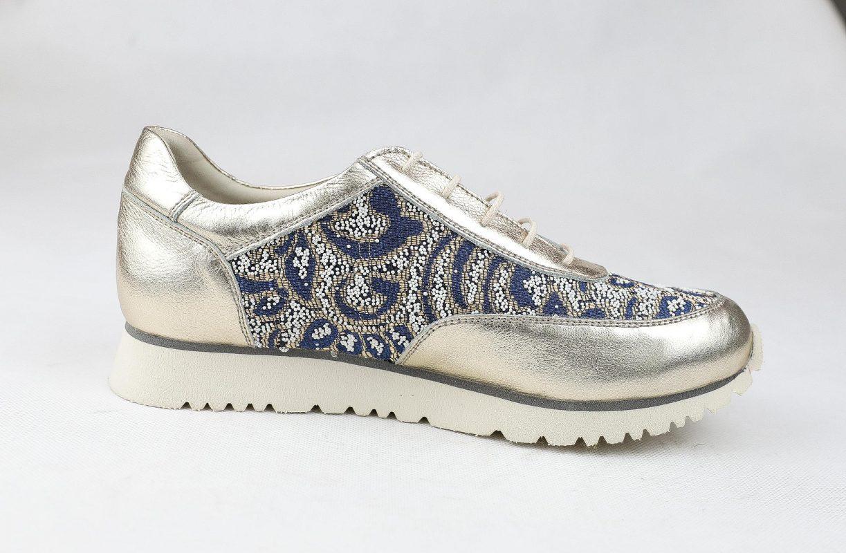 როგორ შევარჩიოთ ქალის ფეხსაცმელი? - ტყავის ფეხსაცმელი
